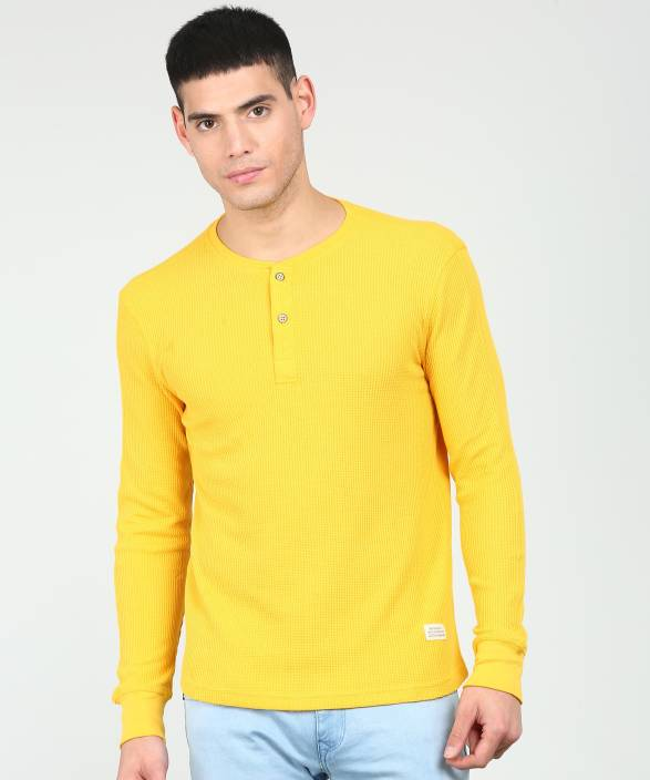 0adc0ec764 United Colors of Benetton Self Design Men Henley Yellow T-Shirt ...