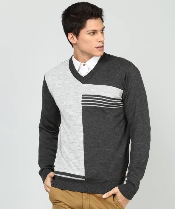 42d037e2635943 Raymond Woven V-neck Casual Men's Grey Sweater - Buy Raymond Woven V ...