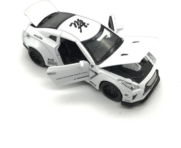 Emob White 132 Die Cast Metal Body Mini Auto Luxury Car Toy With