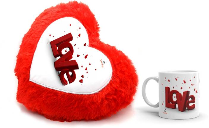 Lovely 2019 Latest Valentine Gift Red Heart Cushion Mug Gift Set