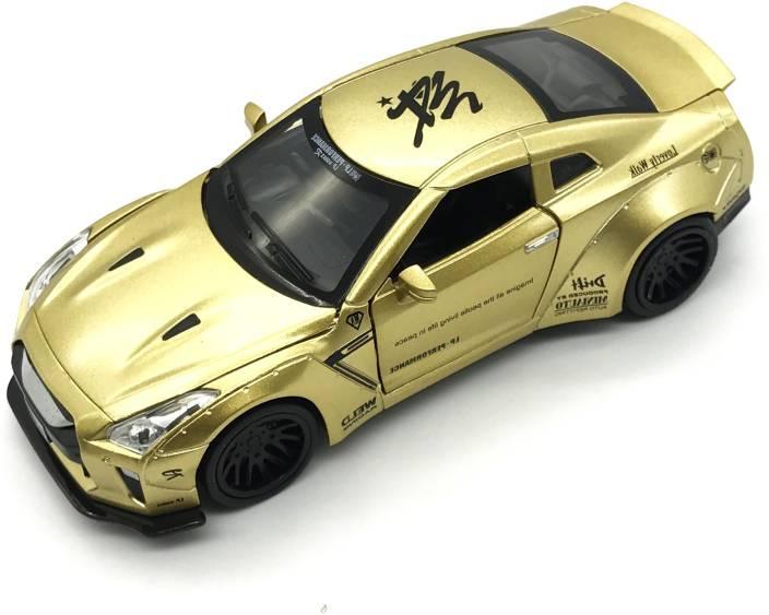 Miss & Chief 1:32 Die Cast Metal Body Mini Auto Golden Luxury Car