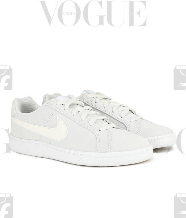 size 40 7ad85 c0611 Nike WMNS COURT ROYALE PREM Sneakers For Women (White)