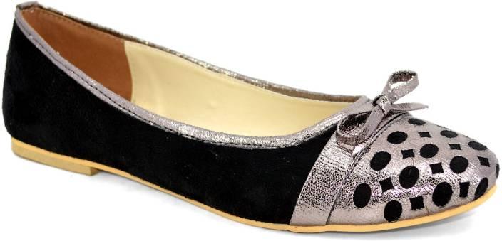 Shoedeal Women Black Flats