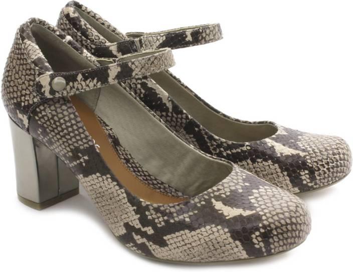 Clarks Women Natural Snak Heels