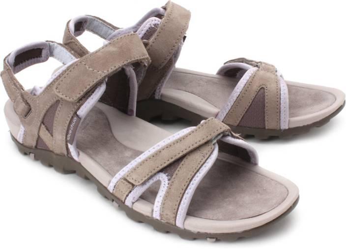 correspondant en couleur qualité parfaite sortie en ligne Quechua by Decathlon Women Beige Sports Sandals