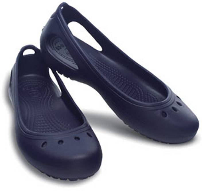 e03c6300b994 Crocs Women Navy Clogs - Buy 11215-48J Color Crocs Women Navy Clogs Online  at Best Price - Shop Online for Footwears in India