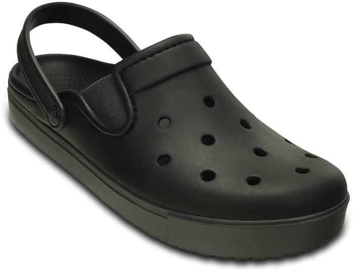 21d6ee54260bc Crocs Men Black Graphite Clogs - Buy Crocs Men Black Graphite Clogs Online  at Best Price - Shop Online for Footwears in India