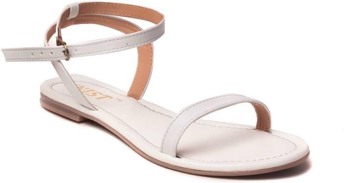 Gnist Women White Flats