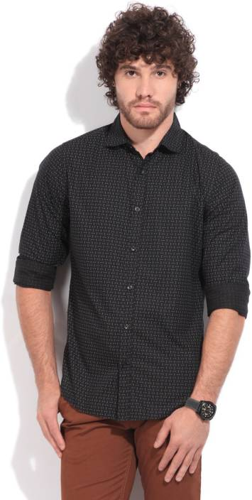 United Colors of Benetton. Men's Polka Print Casual Spread Collar Shirt