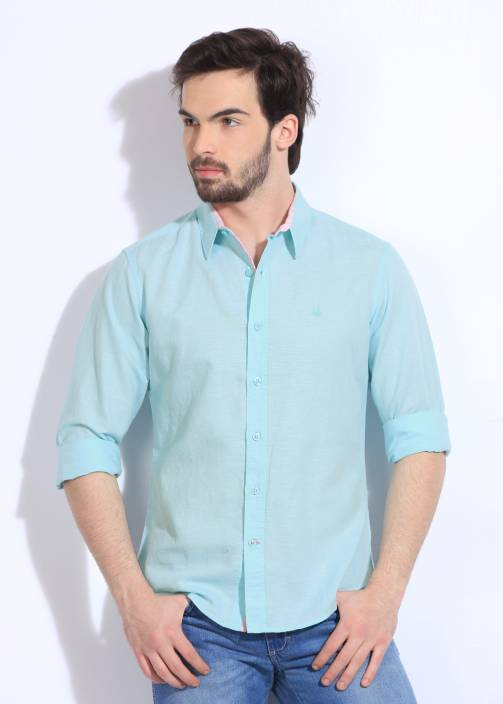 United Colors of Benetton. Men's Solid Casual Light Blue Shirt
