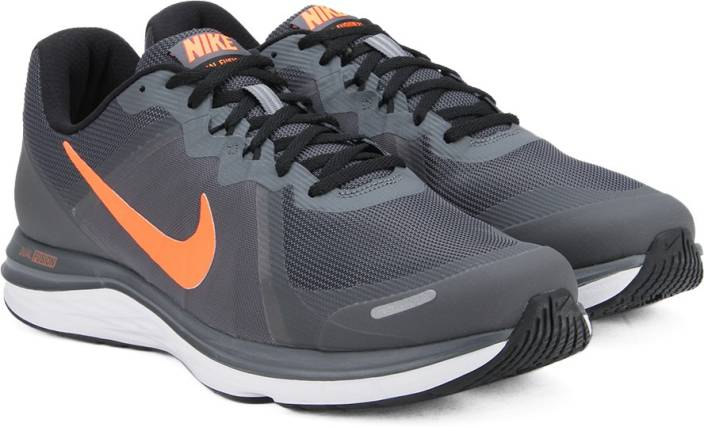 9a6038ef0a76d Nike DUAL FUSION Running Shoes For Men - Buy DARK GREY TOTAL ORANGE ...