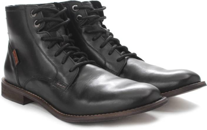 7a4b5f013aa Levi's Soldier boy Men Boots For Men