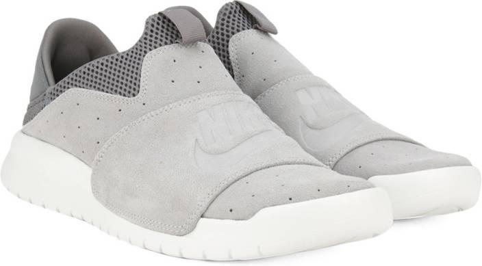 Nike BENASSI SLP Loafers For Men - Buy WOLF GREY WOLF GREY-COOL GREY ... cf4623227
