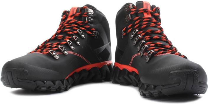 979bb50fbc7aa7 REEBOK Zigtrail Mobilize Mid Outdoors Shoes For Men - Buy Black ...