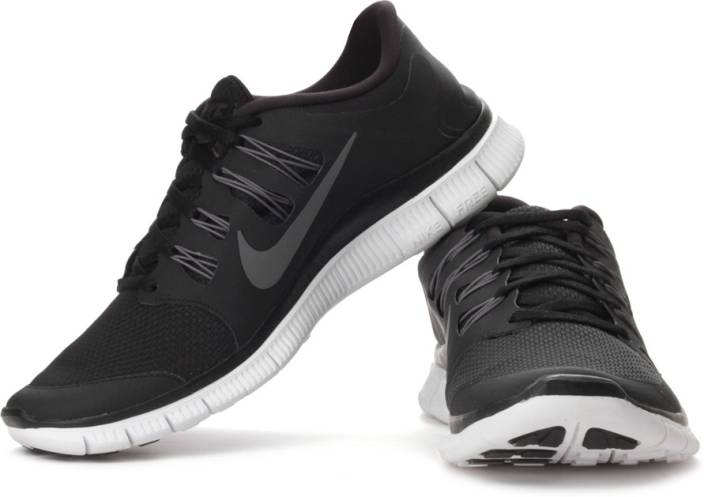 huge discount dc2a9 2f4ec Nike Free 5.0 Running Shoes For Men (Grey, White, Black)