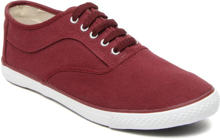 Roadster L 2014041 Maroon Canvas Shoes For Men Buy Maroon Color