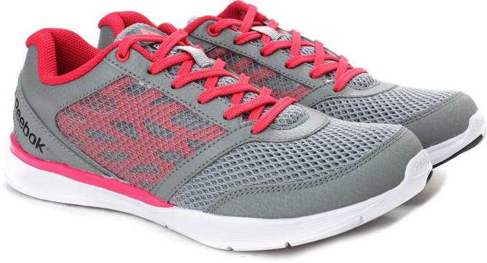 745d4065645ed REEBOK CARDIO WORKOUT LOW RS Training Shoes For Women - Buy FLAT ...