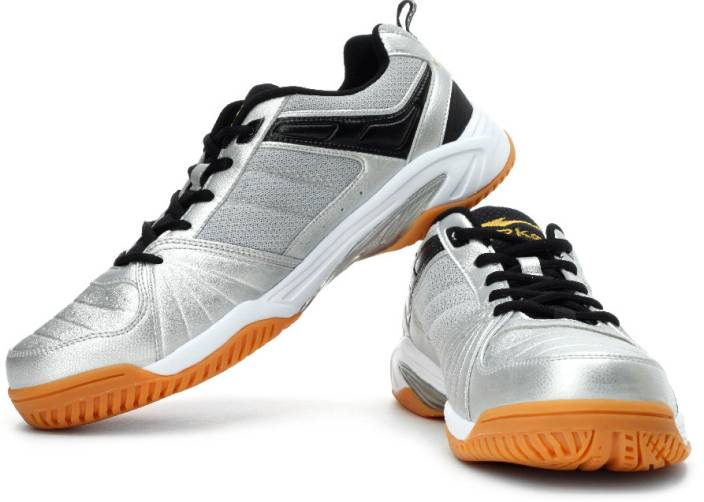 Best Badminton Shoes For Wide Feet
