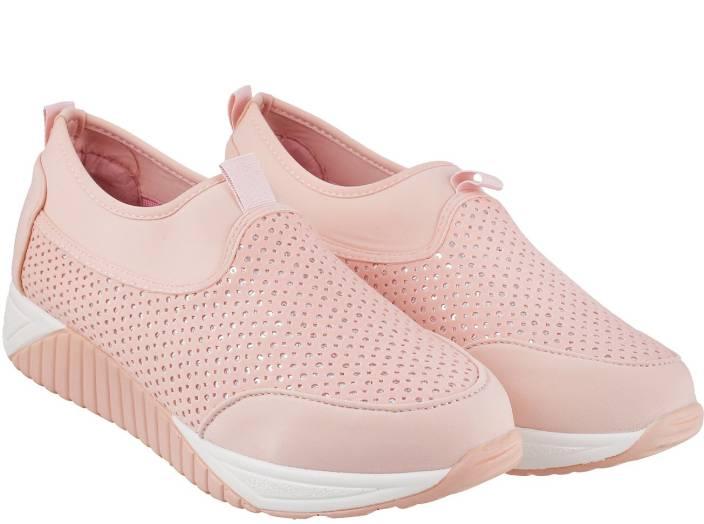 Mochi Activ Walking Shoes