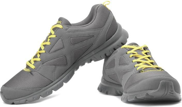 388da4c4a924a5 REEBOK Superlite Traction LP Running Shoes For Men - Buy Grey ...