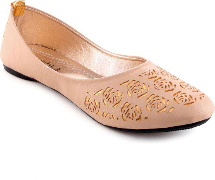 Aashka Lasercut Bellies For Women