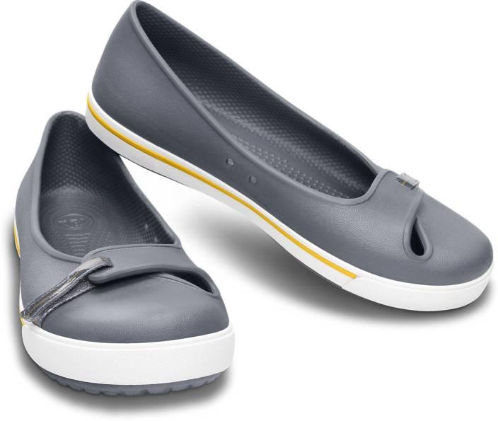 b584e2f99c Crocs CROCBAND 2.5 FLAT Casuals For Women - Buy 12333-038 Color ...