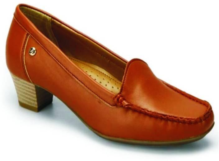 La Briza Crish Women Slip On shoes For Women