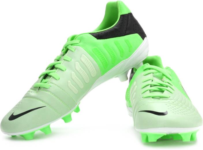 big sale 9fa8e 6f878 Nike Ctr360 Libretto Iii Fg Football Shoes For Men (Green, Black)