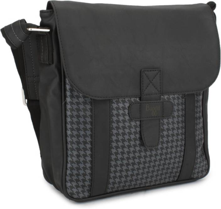 Baggit Women Black Sling Bag Black - Price in India | Flipkart.com