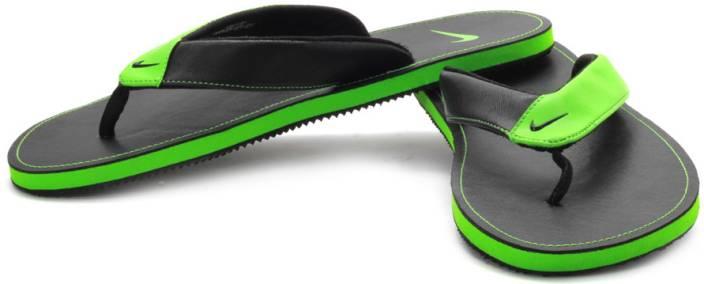 fe1629c6c Nike Chroma Thong Flip Flops - Buy Black