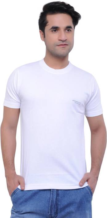 60a128f74257 Moments Solid Men's Round Neck White T-Shirt - Buy White Moments Solid Men's  Round Neck White T-Shirt Online at Best Prices in India | Flipkart.com