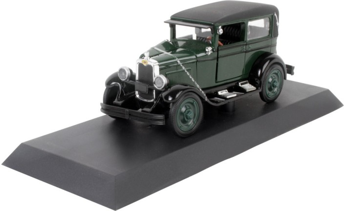 Newray Classic Collection auto 1:32 1928 Chevy imperial lanau 4 Door