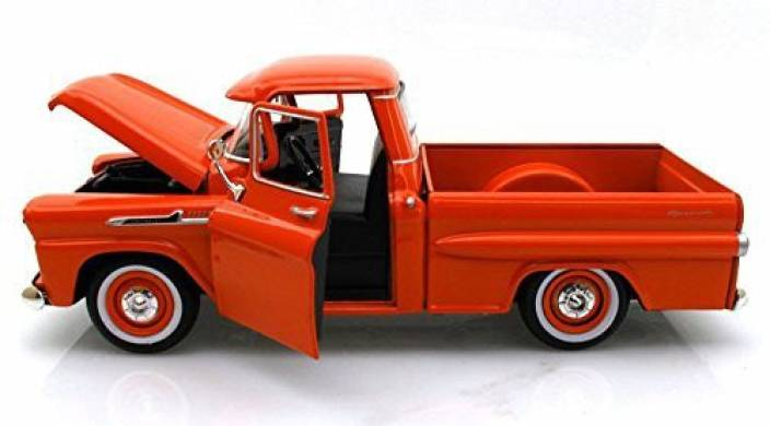 Motormax Showcasts Collectibles 1958 Chevy Apache Fleetside Pickup