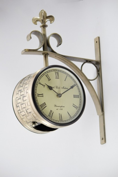 oriental clock makers analog 15 cm dia wall clock price in india