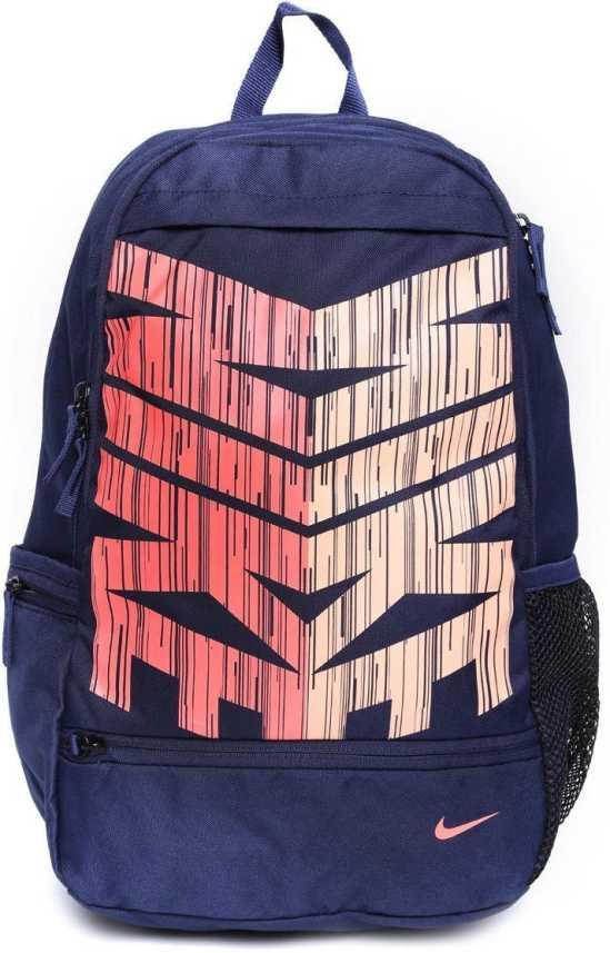 aprobar valores Desanimarse  Nike Unisex Navy Classic Line 24 L Medium Backpack BA4862-408 - Price in  India | Flipkart.com