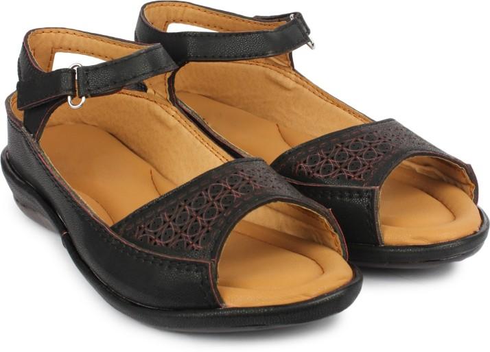 Dr.Sole Women Black Sandals - Buy Black