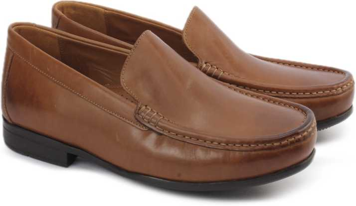 Clarks CLAUDE PLAIN TAN LEATHER Slip On For Men