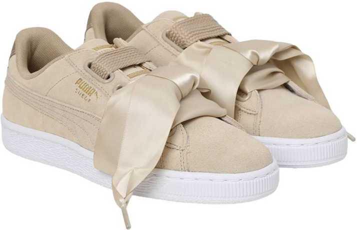 buy online 88ddd 27a08 Puma Suede Heart Safari Wn's Sneakers For Women - Buy Puma ...