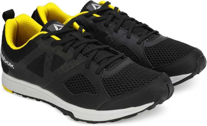 REEBOK DASH TR Training Shoes For Men - Buy BLACK YELLOW METSIL WHT ... dd1a5ec60