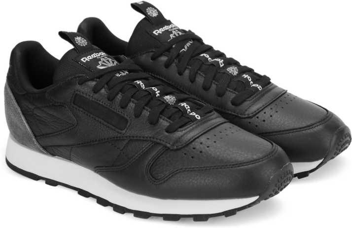 6811de43798 REEBOK CL LEATHER IT Sneakers For Men - Buy BLACK COAL WHITE Color ...