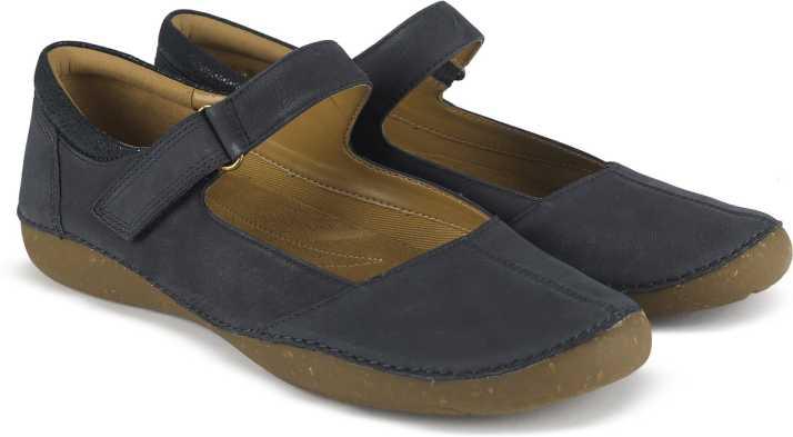 subterraneo sílaba Estoy orgulloso  Clarks Autumn Stone Navy Nubuck Boat Shoes For Women - Buy Navy Color Clarks  Autumn Stone Navy Nubuck Boat Shoes For Women Online at Best Price - Shop  Online for Footwears in