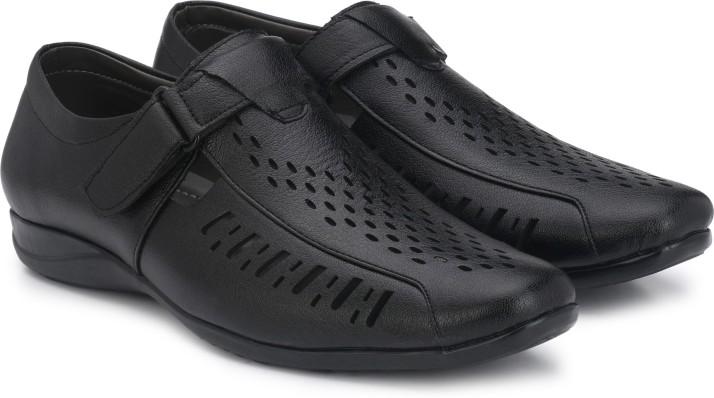 LAYASA Men Black Sandals - Buy LAYASA
