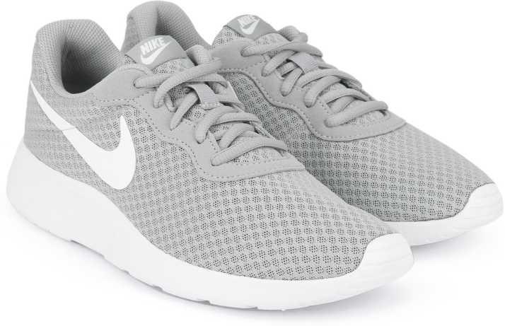 profesjonalna sprzedaż najlepiej kochany świeże style Nike TANJUN Running Shoes For Men
