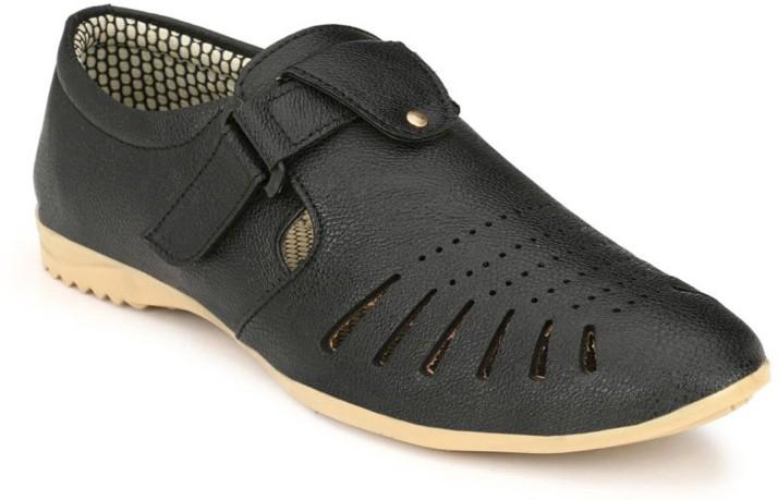 Marpensshoes Men Black Sandals - Buy