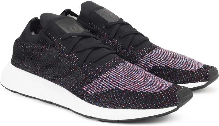 buy popular 88714 9408e ADIDAS ORIGINALS SWIFT RUN PK Sneakers For Men