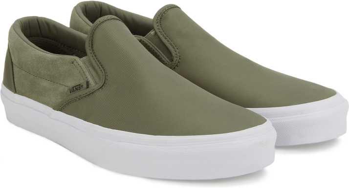 c18b50967b Vans Classic Slip-On Slip on Sneakers For Men - Buy (Surplus Nylon ...