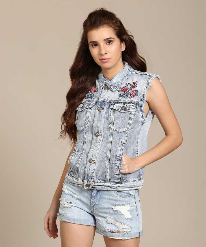 27b7e204d2cb Forever 21 Sleeveless Floral Print Women Jacket - Buy LIGHT DENIM ...