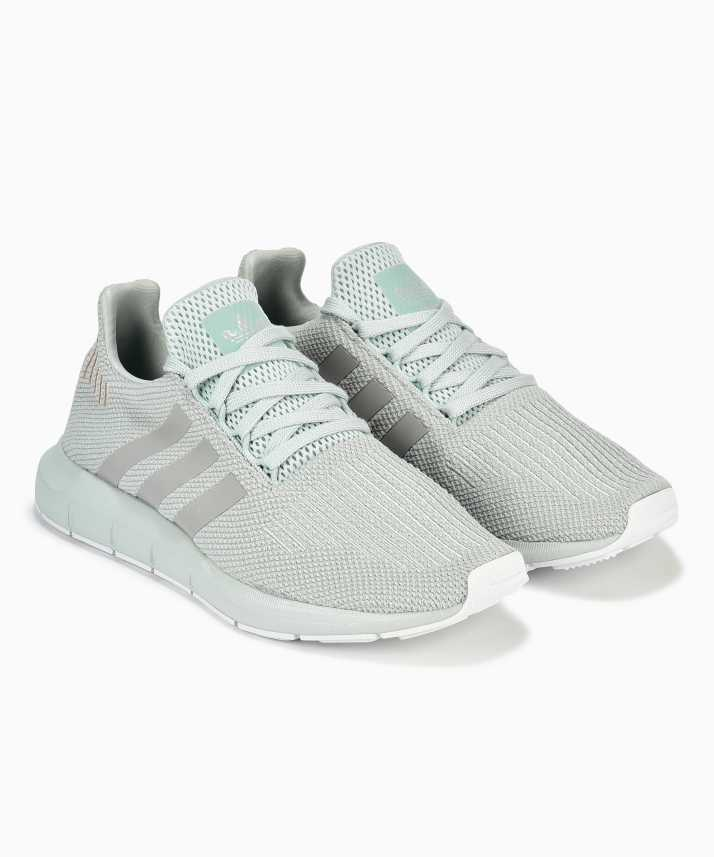 ae6041a61eb1 ADIDAS ORIGINALS VAPGRN GRETWO FTWWHT Running Shoes For Women - Buy ...