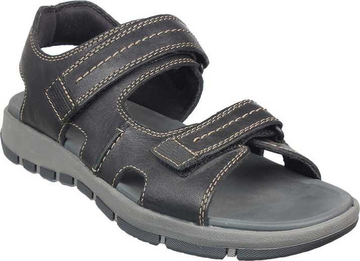 salir Deformación Doctor en Filosofía  Clarks Men Black Sandals - Buy Clarks Men Black Sandals Online at Best  Price - Shop Online for Footwears in India | Flipkart.com