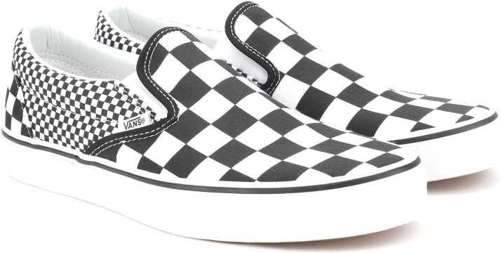 7f49b501652d37 Vans Classic Slip-On Slip On Sneakers For Men - Buy (Mix Checker ...